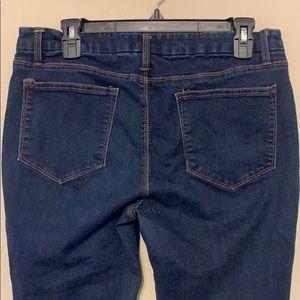 🌸 3 for $20! Skinny jeans, Sz 12